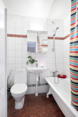 Bo mitt i centrala Nynäshamn i en av kommunens bästa förening, balkong i söder!